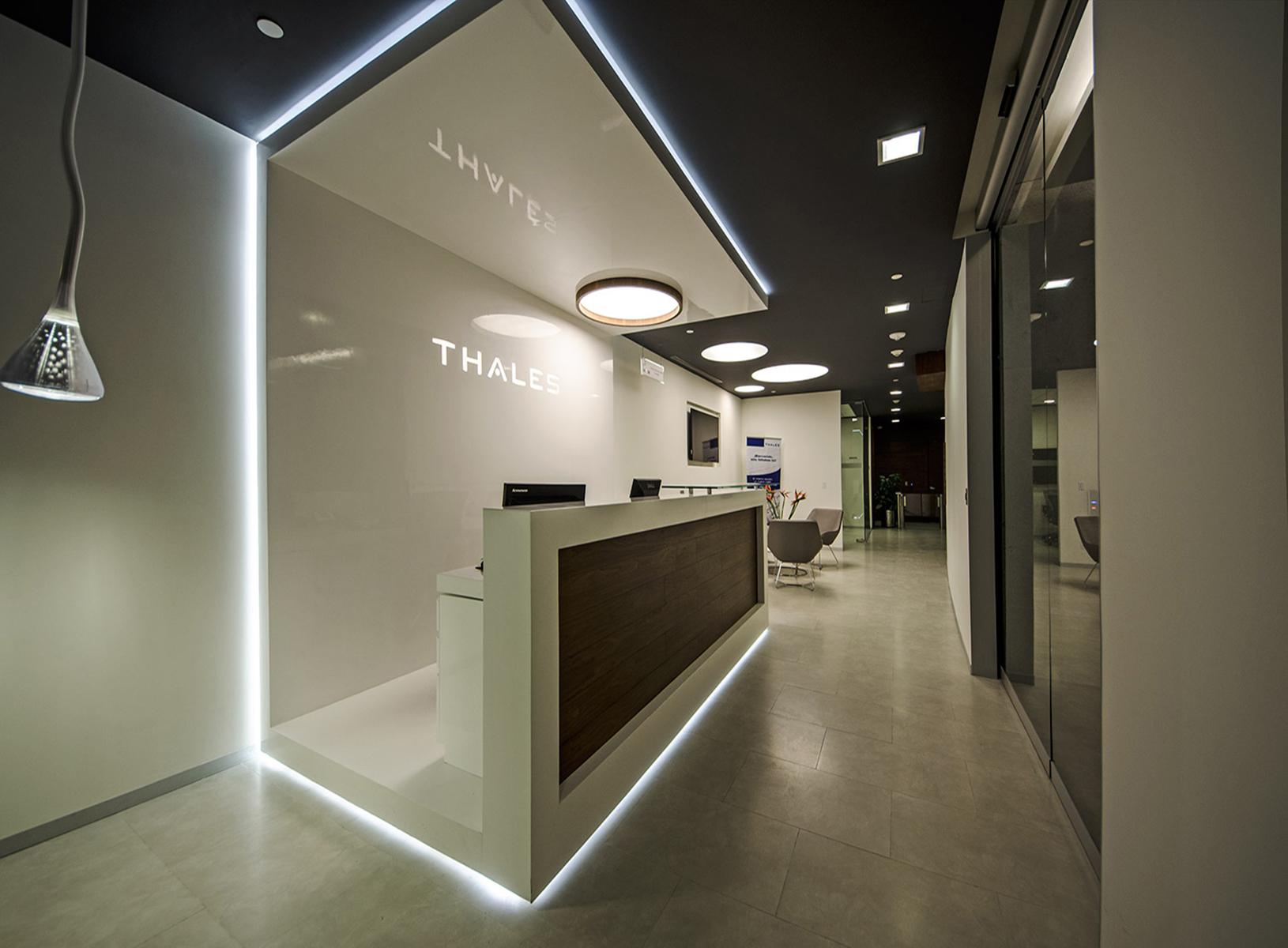 Grado13 arquitectura de interiores for Despachos de diseno de interiores df